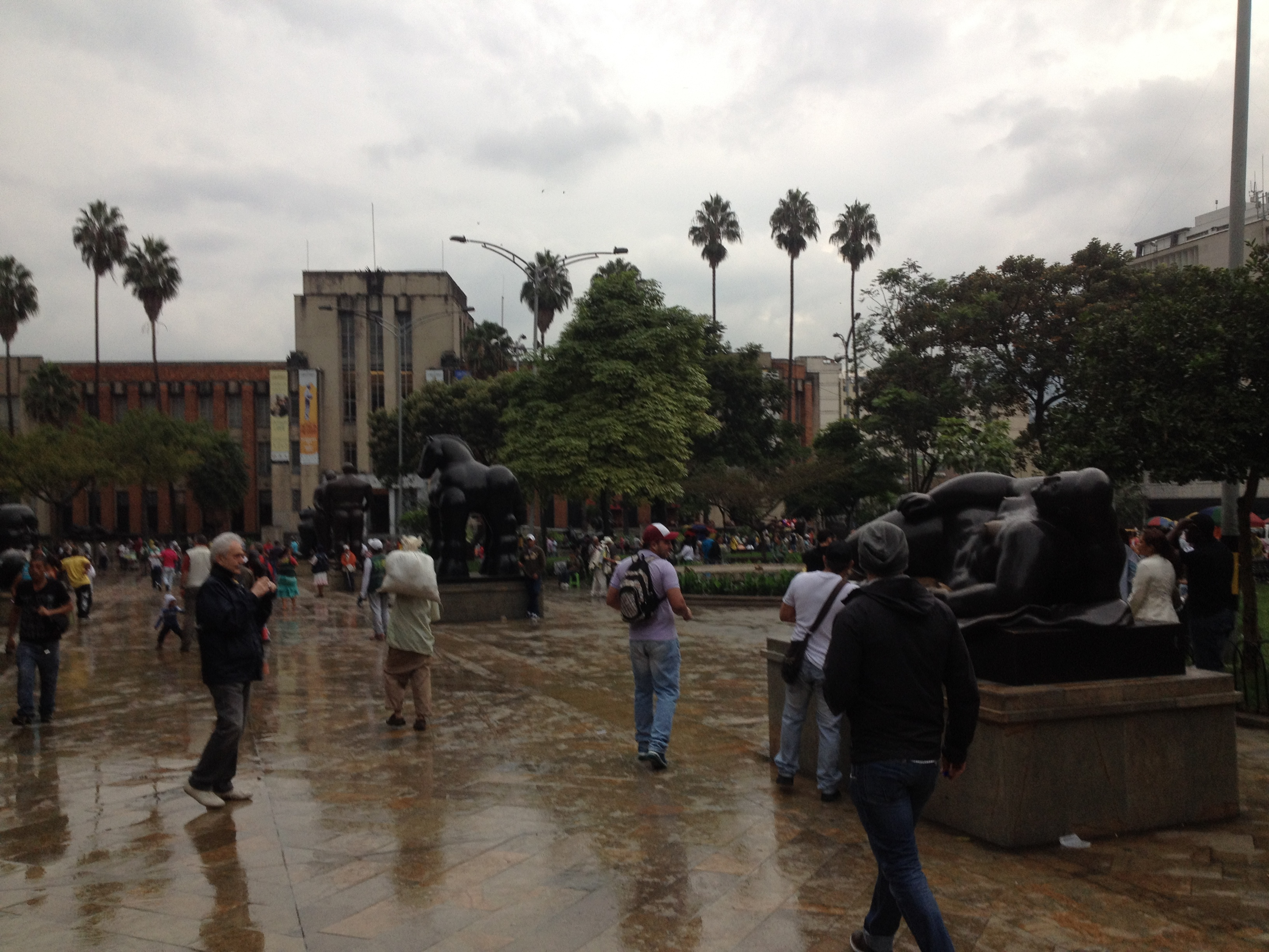 The square in El Centro has more Botero statues than you can fit in a photo.